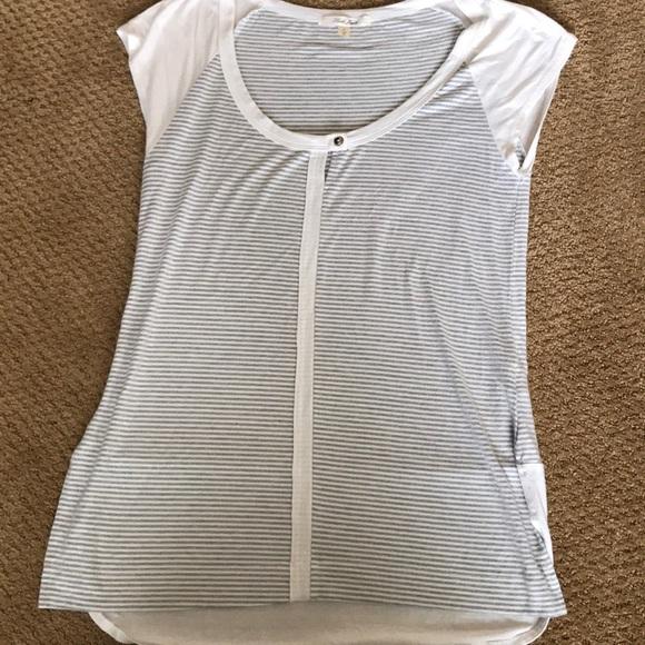 1290158705c layla jayde Tops - Laila Jayde (stitch fix) short sleeve